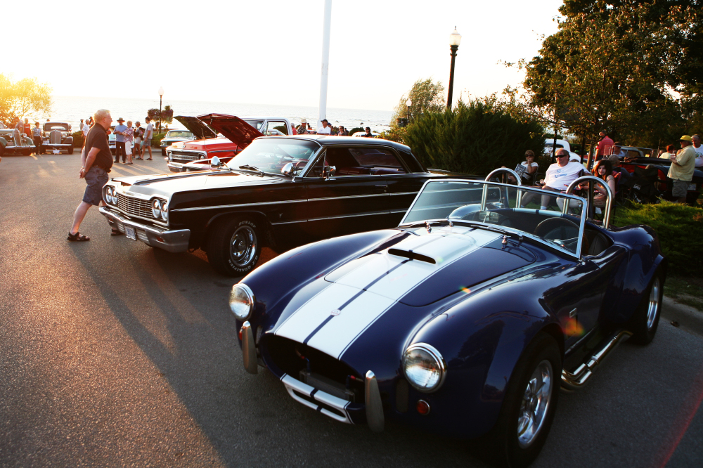 The sun sets on Cruisers Night